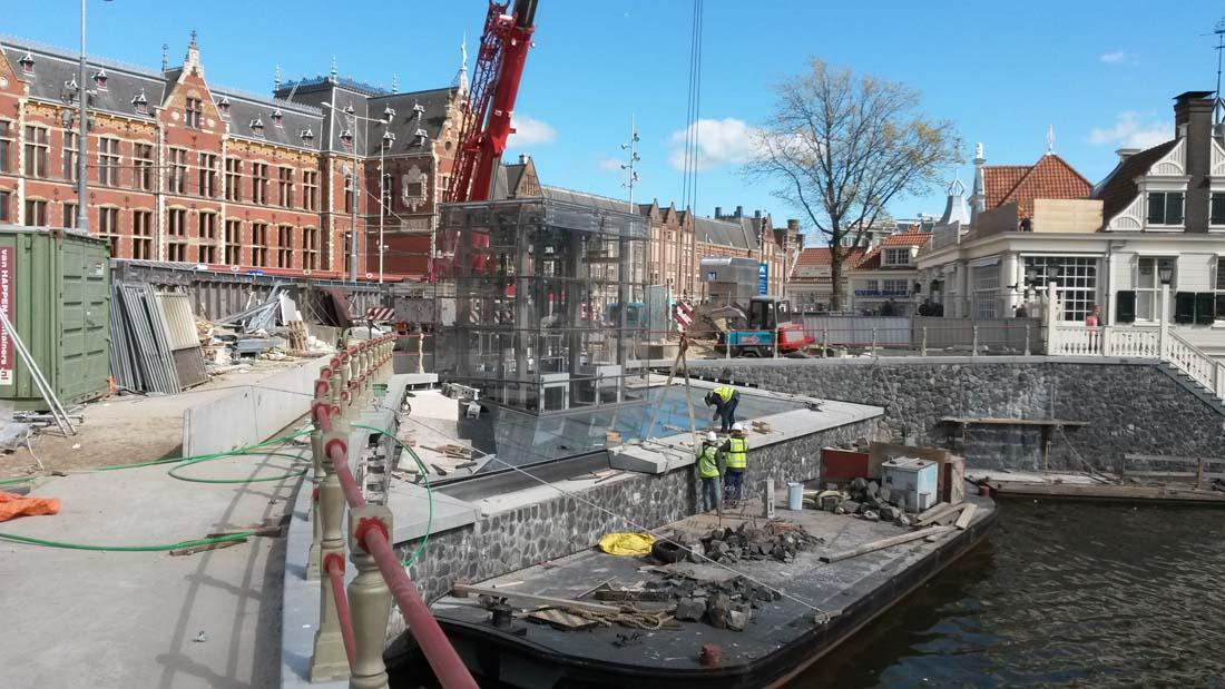 Walmuur_kademuur_cs_Amsterdam_BraamsWaterbouw