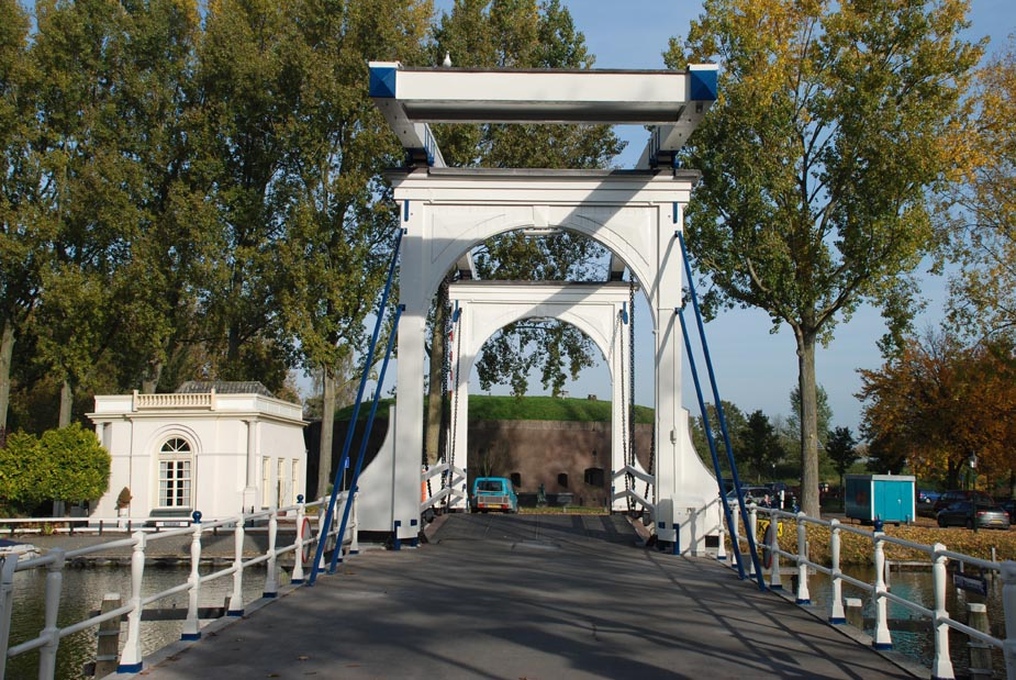 Bruggenbouw_LangeVechtbrug_Weesp_Braamswaterbouw