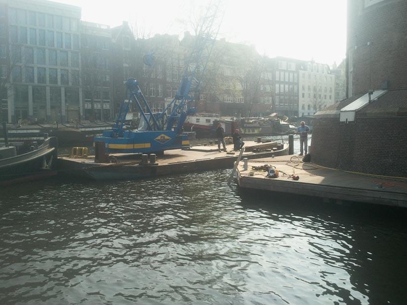 Steiger-aanlegplaats-waterbouw-Amsterdam